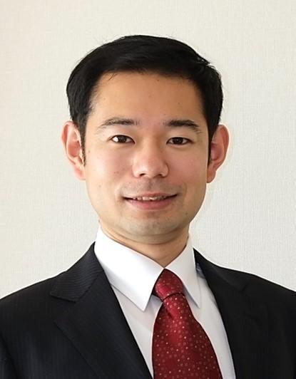 Dr_SAKAUSHI.JPG